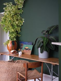 Paint trends 2020 - the colours you need for wonder walls from all shades of green, including mint and emerald, to soft dusky pinks. Farrow Ball, Interior Walls, Interior And Exterior, Interior Design, Best Paint Colors, Paint Colours, Wall Colours, Paint Companies, Carpet Trends
