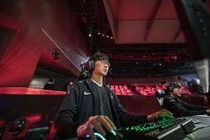 T1 Effort | LH | DSC_9721 | League of Legends Champions Korea LCK | Flickr Skt T1, Sk Telecom, Birthday Photography, League Of Legends, Hospitality, Effort, Champion, Editorial, Korea