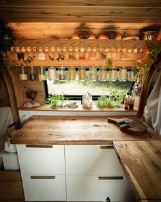 Van Life Discover 10 Best DIY Camper Van Conversions Looking for some inspiration for your camper build? Check out article on the Top Ten Best DIY Camper Van Conversions to give you some ideas. Camping Diy, Van Camping, Camping Outdoors, Camping Gear, Camping Hacks, Bus Living, Tiny Living, Caravan Living, Caravan Renovation Diy