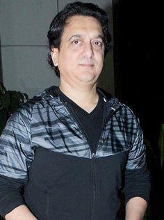 Work comes first for Sajid Nadiadwala! - http://www.bolegaindia.com/gossips/Work_comes_first_for_Sajid_Nadiadwala-gid-35849-gc-6.html