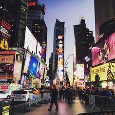 #뉴욕 #NEWYORK #타임스퀘어  워  이여어어어  by summer_j92