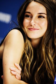 I'd like to be like a hummingbird. You see them every now and then. You don't see them everywhere. Shailene Woodley