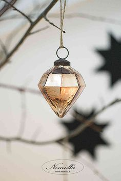 KUPARITIMANTTI - www.nemilla.fi Ceiling Lights, Christmas Ornaments, Pendant, Holiday Decor, Home Decor, Decoration Home, Room Decor, Christmas Jewelry, Hang Tags