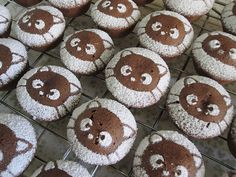 Powdered Sugar Choco Cat Cupcakes these would look real cool if done as Shaun the sheep also.