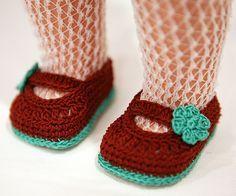 Ravelry: cataddict's free crochet shoe pattern for Ag doll