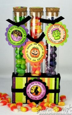 JustRite Witch Way to the Treats Cntrs Brdrs 1 3 16 Halloween Treat Holders, Cute Halloween Treats, Halloween Paper Crafts, Candy Crafts, Halloween Candy, Halloween Gifts, Holidays Halloween, Halloween Ideas, Christmas Craft Show