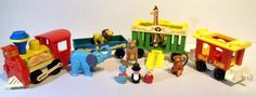 Vintage FISHER PRICE Circus Train Little People Animals