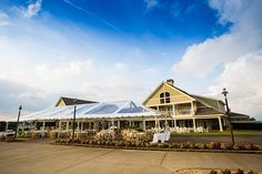 Fall wedding at The Currituck Club