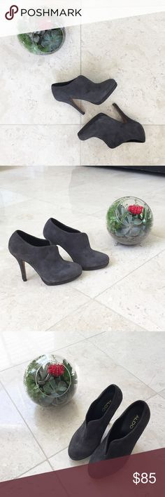 Aldo Suede Grey Pumps Hello my lovely Poshers! My ex boyfriend purchased these for me so I'm selling to you guys for a great price 😂😂. Like new condition, only worn once. These are really beautiful but I can't look at them anymore‼️ Aldo Shoes Heels