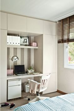 Youth room for girls - 21 great interior design ideas Bedroom Closet Storage, Wardrobe Design Bedroom, Bedroom Desk, Girl Bedroom Designs, Teen Girl Rooms, Girl Bedrooms, Desk Areas, Trendy Bedroom, Room Decor
