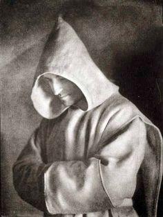 Guacamole Gulch: Jose Ortiz Echague Catholic Orders, Catholic Memes, Guy Drawing, Blessed Mother, Man Photo, Religious Art, Priest, Portrait, Drawings