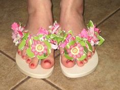 Bring a cheap pair of flip flops and some ribbon. Bring a cheap pair of flip flops and some ribbon. Ribbon Flip Flops, Ribbon Bows, Ribbons, Mens Flip Flops, Flip Flop Shoes, How To Make Ribbon, How To Make Hair, Cute Crafts, Crafts For Kids
