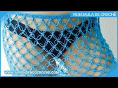 Saída de Praia em Crochê - Aprenda como fazer uma saída de praia em crochê super simples para iniciantes! Swimsuits, Bikinis, Crochet Bikini, Shorts, Pattern, Macrame, Crochet Beach Dress, Beach Kaftan, Crochet Leaves