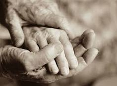 i love seeing older couples hold hands. Kathryn Erbe, Love Your Parents, Grow Old With Me, Older Couples, Growing Old Together, Long Relationship, Old Hands, Old Age, Hold My Hand