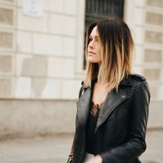 120 short ombre hair color ideas to try – page 7 Caroline Receveur Hair, Medium Hair Styles, Curly Hair Styles, Short Ombre, Ombre Hair Color, Long Curly Hair, Stylish Hair, Balayage Hair, Hair Looks