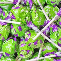 Apple Berry Tootsie Pops from Temptation Candy. Jelly Belly Beans, Online Candy Store, Green Candy, Green And Purple, Favorite Color, Tootsie Pops, Berries, Lime, Apple