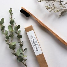 Description Material Simplicity is key for a harmonious, greenlifestyle. With this quality-made, bamboo handled toothbrush, everyday brushing is just about as