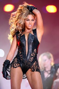 Beyonce the boss at the Super Bowl #halftimeshow #B #SashaFierce