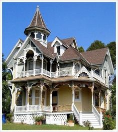 This is the house I want to build with my husband :) #victorianarchitecture