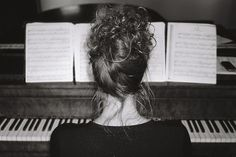 Piano melody  | black and white Photography