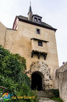Marksburg Castle entry near Braubach, Germany - aswesawit.com
