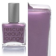 Rescue Beauty Lounge Poco a Poco - This is a shade that changes from moment to moment. It's the stunning, sparkling pink of a fanning cloud when the red and orange rays of the sun are trying to burst through.