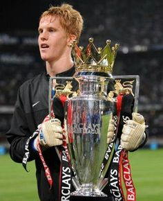 "Name: Benjamin Paul ""Ben"" Amos Position: Goalkeeper Birthdate: 10-04-1990 Birthplace: Macclesfield, England. Height: 6' 1"" Weight: 13st Nationality: England.  Signing Information: Signed Trainee: ??, Signed Professional: 01/07/2006 Years at Club: 2008-Present* Debut: 23/09/2008 v Middlesbrough (H) 3-1 (League Cup 3rd Round) Previous clubs: Peterborough United (loan), Molde (loan), Oldham Athletic (loan), Hull City (loan), Carlisle United (loan), Bolton Wanderers (loan)."