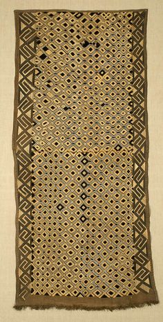 W-8711. Boutala Raffia Waist Wrap Congo, Cultural Crafts, African Home Decor, African Textiles, Pattern And Decoration, African Design, Textile Prints, Fiber Art, Arts And Crafts