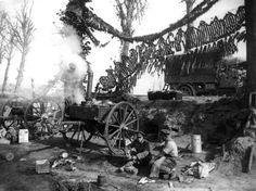Les soldats anglais sur le front  de l'Yser, près de Ypres.