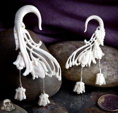 Hanging flower bone earrings