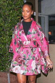 The post Splurge: Rihanna's Giorgio Baldi Los Angeles Dolce & Gabbana Spring 2016 Floral Kimono Mini Dress appeared first on Fashion Bomb Daily Style Magazine: Celebrity Fashion, Fashion News, What To