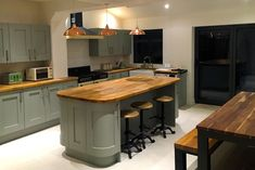 An Innova Linwood Sage Shaker Kitchen Olive Kitchen, Sage Kitchen, Real Kitchen, Home Decor Kitchen, Kitchen Interior, French Kitchen, Kitchen Things, Bright Kitchens, Diy Kitchens
