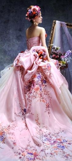 Tendance Robe De Mariée 2018 : Marie Antoinette wedding gown Stella di Libero- This is fun! Beautiful Gowns, Beautiful Outfits, Photography Tattoo, Mode Glamour, Mode Editorials, Pink Gowns, Pink Dress, Dream Dress, Pretty Dresses