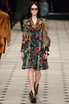 Burberry Prorsum Fall 2015 RTW Runway – Vogue