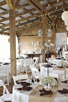 Burlap table setting,napkins, table linens