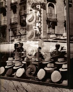 Spain. Hat store in Madrid, 1953 // Photo by Francesc Català-Roca