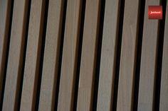 Jønland spileplater Leveres i hvitpigmentert furu, brunpigmentert furu, svartlakkert furu, lakkert osp, lakkert eik og hvitpigmentert eik. Enkel montering av spiletak og spilevegger. Leveres i formatet 60 x 240 cm. Kan enkelt kappes og klyves under montering. Ingen synlige festepunkter og spikermerker på spilene. Lekker måte å oppgradere vegg eller tak. Fint å monteres utenpå eksisterende vegg/tak. Baseball, Baseball Promposals