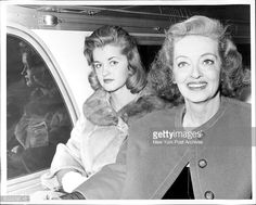 Bette Davis And Daughter B D Hyman On Her Wedding Day