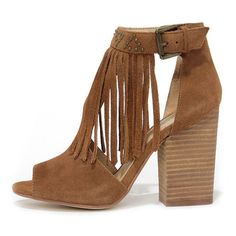 Chinese Laundry Boho Camel Suede Leather Fringe Booties ($65) ❤ liked on Polyvore featuring shoes, boots, ankle booties, heels, sandals, zapatos, brown, fringe boots, tall suede boots и brown suede booties
