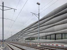 em2n extension railway designboom