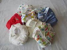 Quelles couches lavables choisir ? C'est une question que je me suis posée au moment d'acheter les couches de mon bébé. Cette vidéo tente de vous éclairer quant à un certain nombre que j'ai pu tester.  #bambinomio #coucheslavablesavis Couches, Cloth Diapers, Baby Shoes, Maternity, Kids, Routine, Bb, Pregnancy, Parents