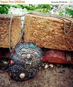 MARCH SALE Vintage Sajai Metal Purse Silvertone and Stones Agate Handbag Purse Boho Hippie Medieval Goth Punk Gothic