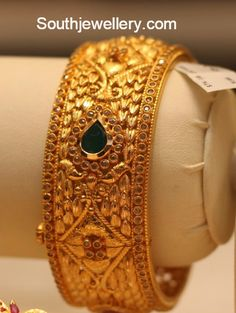Uncut Broad Bangle - Jewellery Designs