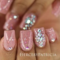 Having short nails is extremely practical. The problem is so many nail art and manicure designs that you'll find online French Nails Glitter, Fancy Nails, Diy Nails, Glitter Nails, Pink Glitter, Cute Nail Art, Cute Nails, Pretty Nails, Fabulous Nails