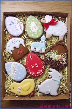 Easter is all about beautiful decorations that actually add pep to the festive activities. So make this summer holidays extra special by trying out unique Easter bunny cookies and cakes ideas. Summer Cookies, Fancy Cookies, Iced Cookies, Cute Cookies, Heart Cookies, Easter Cupcakes, Easter Cookies, Birthday Cookies, Valentine Cookies