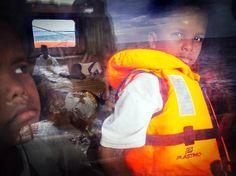 Rescate ante Libia de un bote atestado de inmigrantes que perdió a unos 15 pasajeros