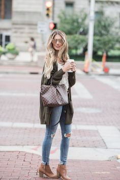 Fall Layers with Express Fall Winter Outfits, Autumn Winter Fashion, Spring Fashion, Women Lifestyle, Lifestyle Fashion, Dress Outfits, Cute Outfits, Dresses, Fashion Beauty