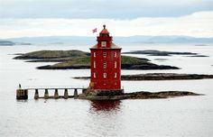 #Lighthouse in #Norway http://dennisharper.lnf.com/