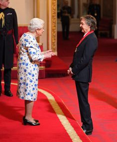 Honoured: Sir Paul McCartney was joined by wife Nancy Shevell as he was made a Companion of Honour for services to music in a ceremony at Buckingham Palace on Friday Paul Mccartney, Companion Of Honour, Guitar Guy, Guitar Tabs, Les Beatles, Beatles Photos, Sir Paul, British Royal Families, The Fab Four