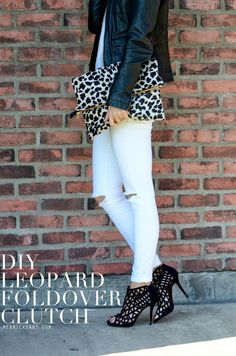 Merrick's Art // Style + Sewing for the Everyday Girl: DIY LEOPARD FOLD OVER CLUTCH (TUTORIAL)